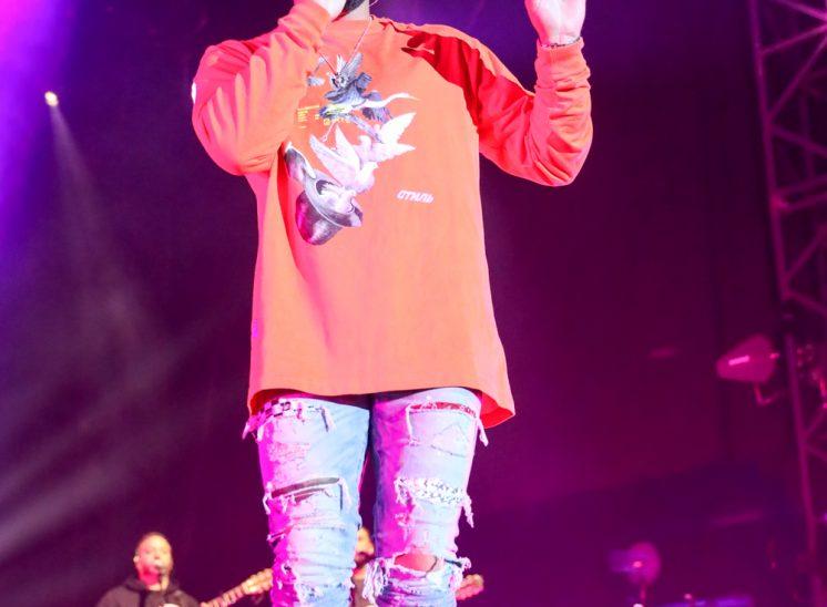 Kenji Girac lors du festival Le Chant du Gros en 2019 dans le canton du Jura en Suisse