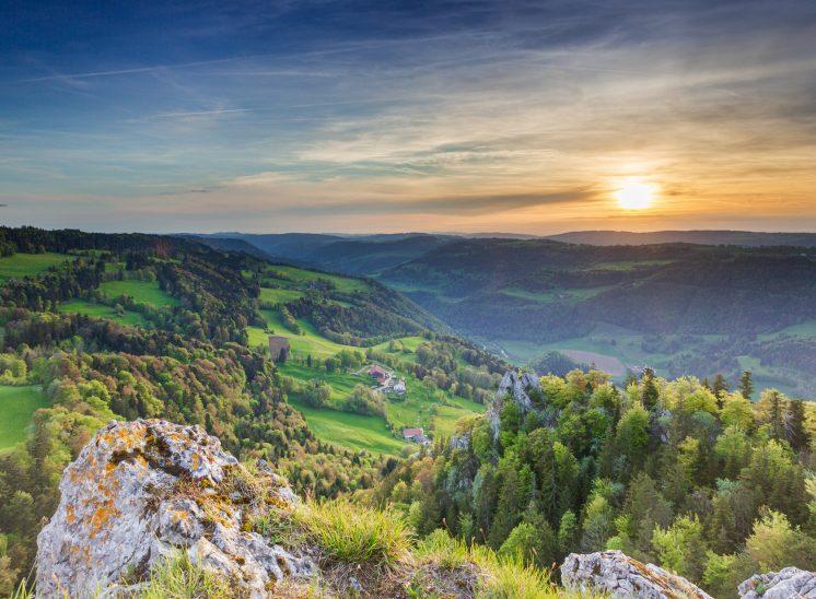 Photographie de paysages prise dans les environs de Saint-Brais dans la région des Franches-Montagnes dans le canton du Jura en Suisse
