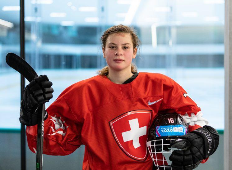 Portrait hockeyeuse pour photographie de presse