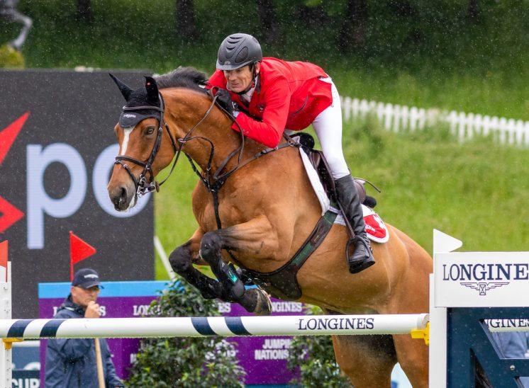 cavalier Beat Mändli, suisse saut d'obstacle au CSIO de St-Gall en 2021